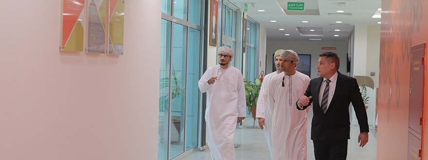 His Excellency, Salim Bin Nasser Bin Said Al-Aufi, is Given a Warm Welcome at TPO-2.jpg